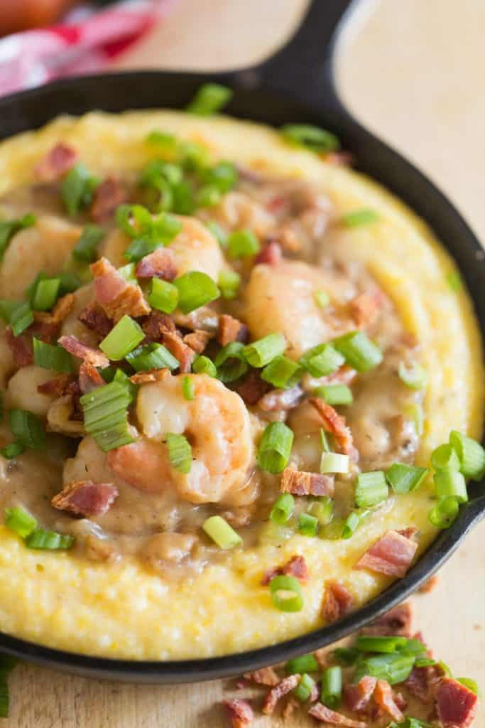 Cajun Shrimp and Grits with Bacon Gravy