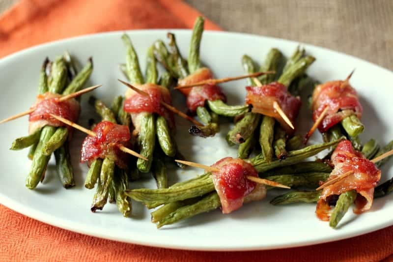 Bacon Wrapped Green Beans with Brown Sugar Glaze - Bacon Wrapped Green Bean Bundles