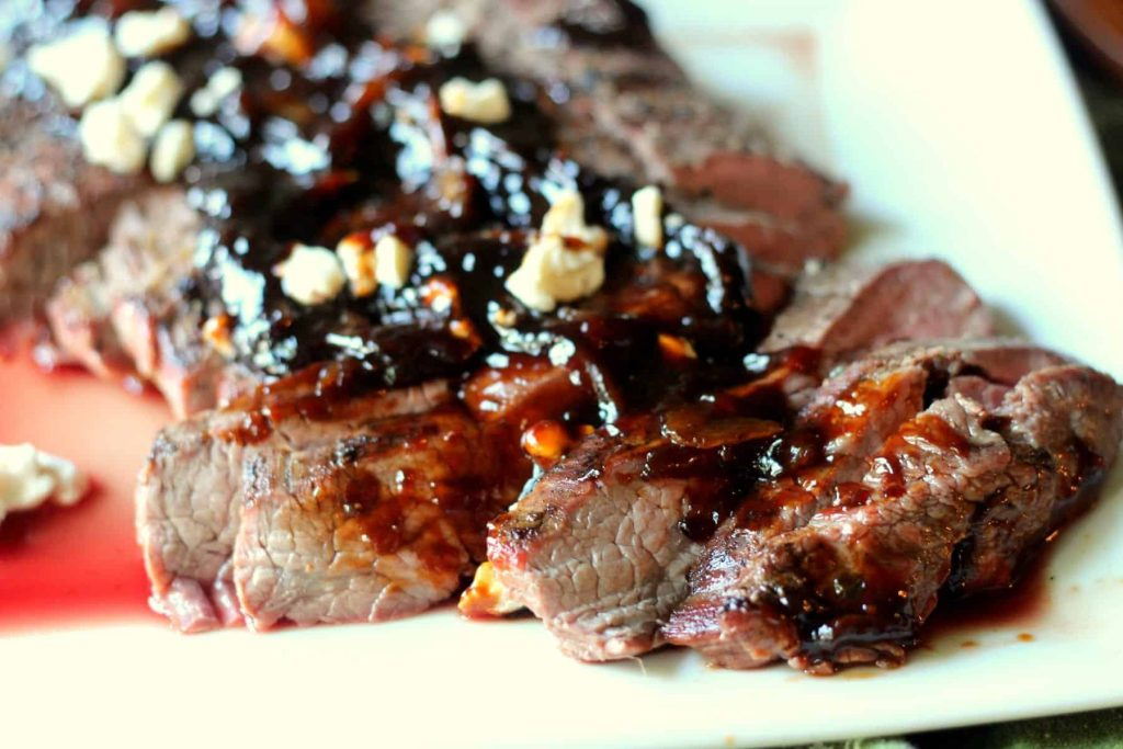 Grilled Flank Steak with Caramalized Onion Sauce 7