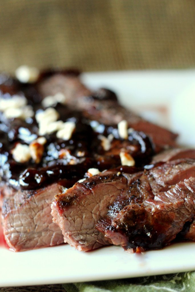 Grilled Flank Steak with Caramalized Onion Sauce 8