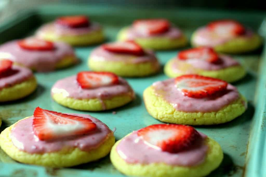 Strawberry Lemonade Cookies 8
