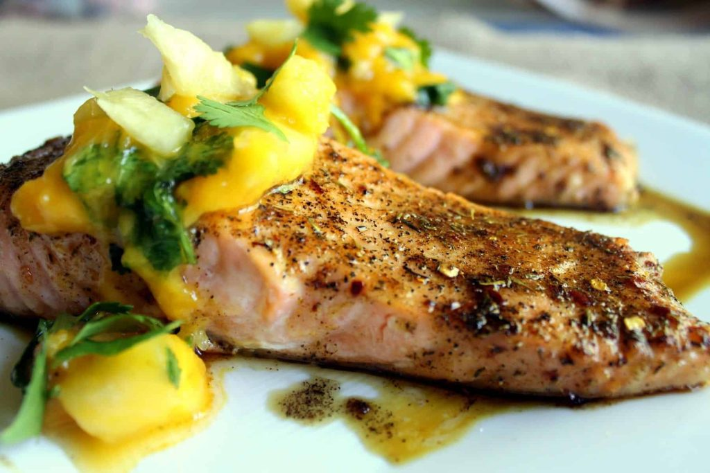 Whole 30 Jerk Salmon With Mango Salsa Blackberry Babe