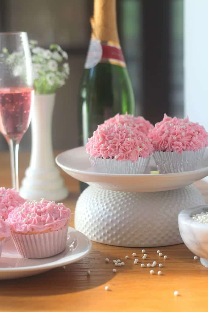 Pink Champagne Cupcakes for #cookforthecure #10000cupcakes #donate ad @KitchenAid