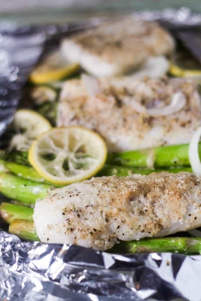 Roasted Lemon Cod and Asparagus in Foil 1