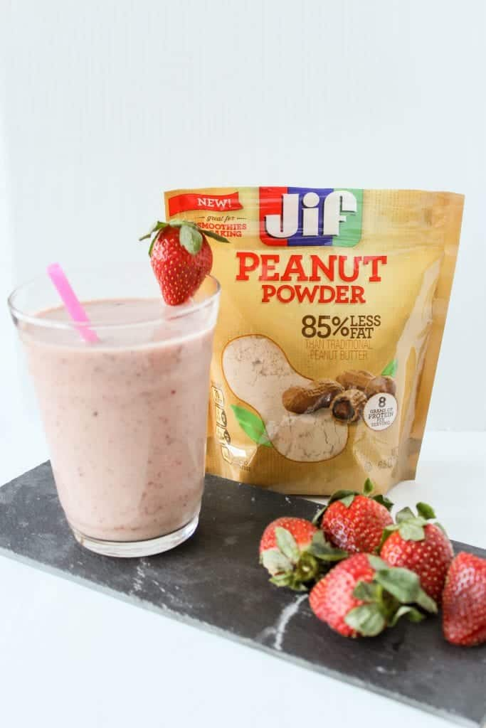 PB&J Smoothie: Peanut Butter and Jelly Smoothie