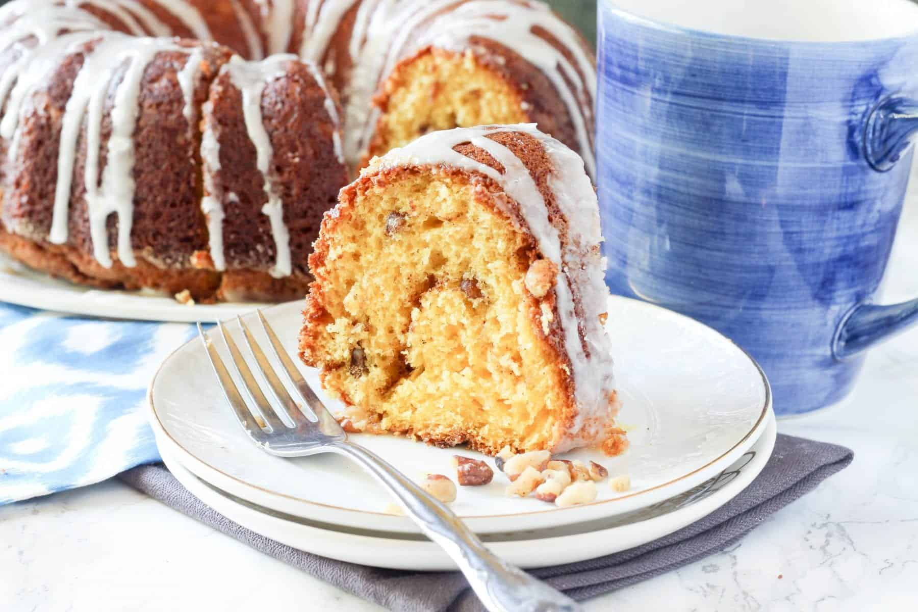 Cinnamon Pecan Breakfast Bundt Cake