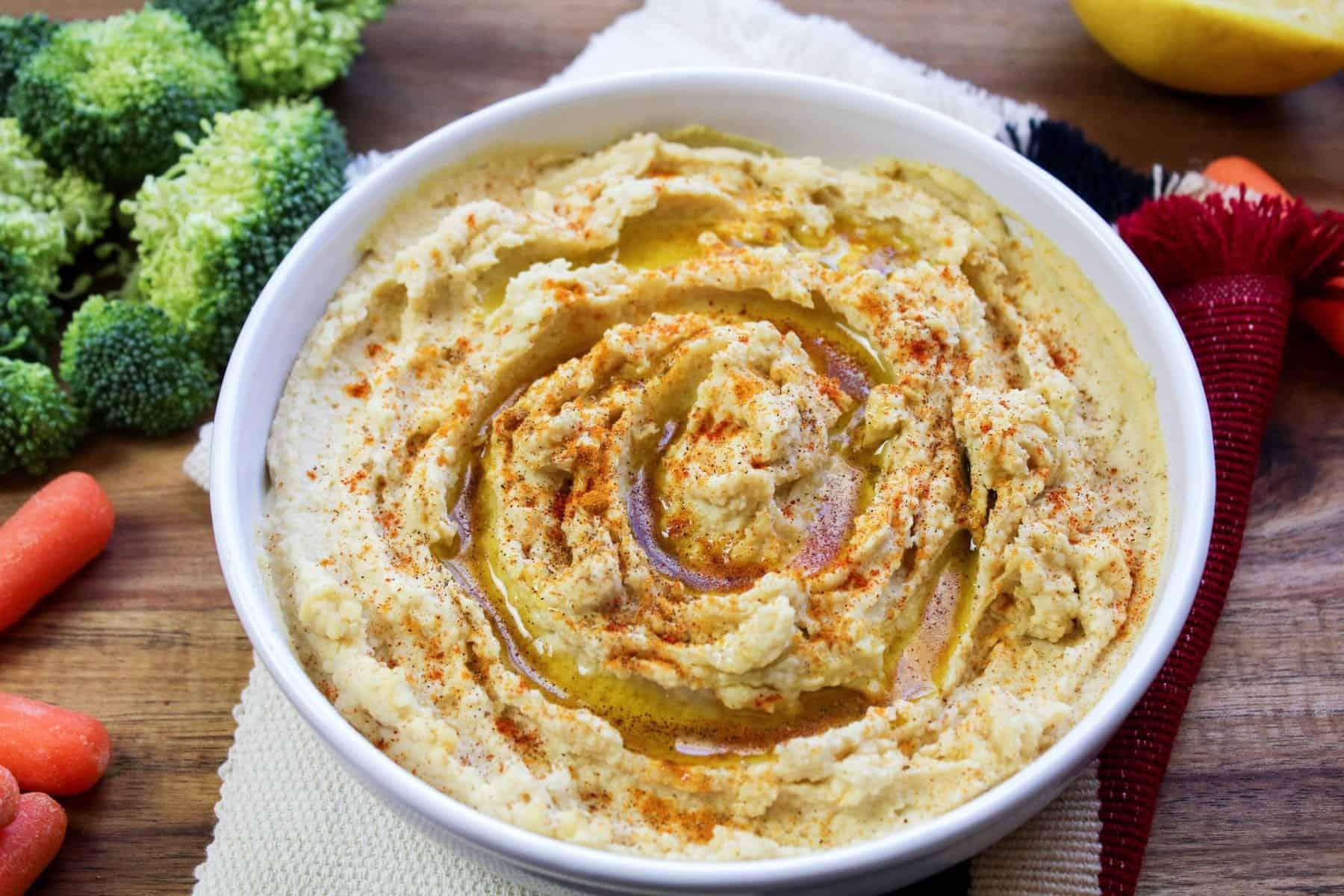 Easy Lemon Hummus Recipe