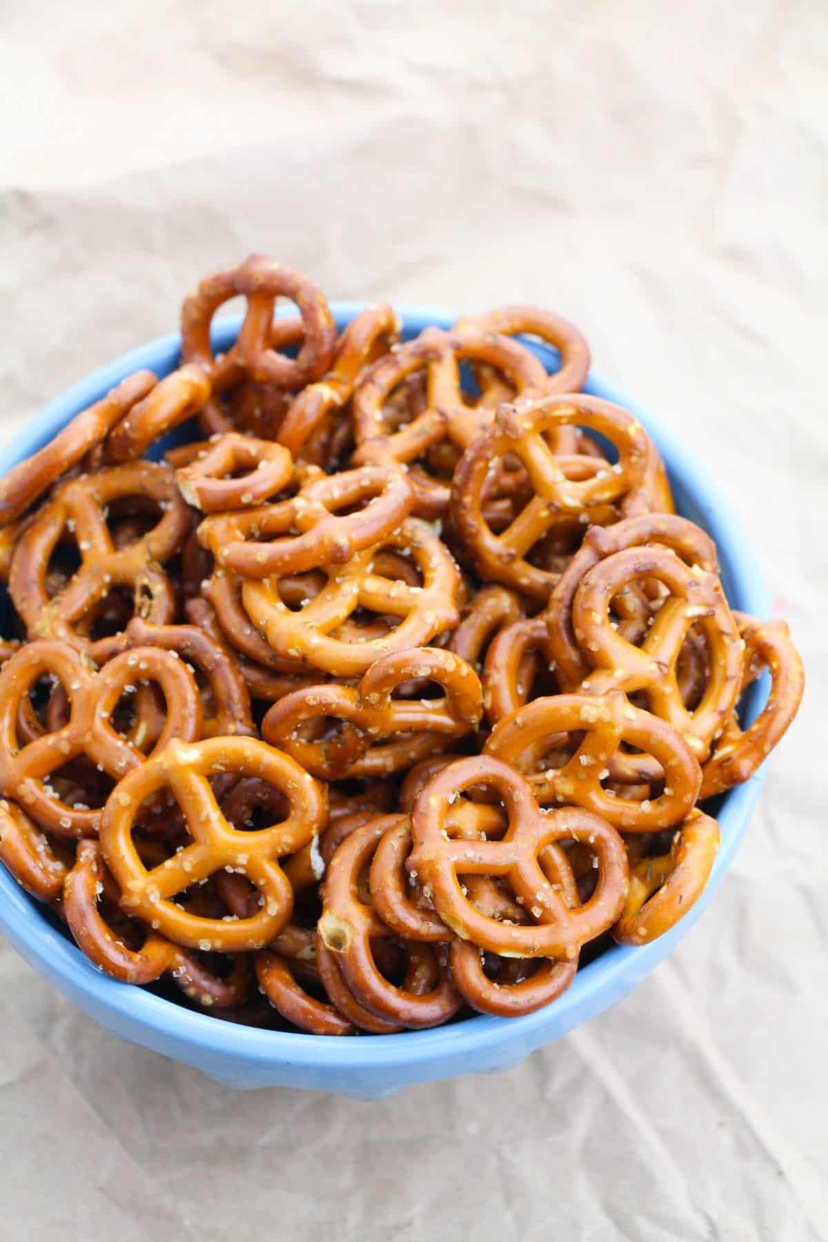 Easy Ranch Pretzels | Seasoned Pretzels Recipe | Spicy Ranch Pretzels | Hidden Valley Ranch Pretzels | Garlic Ranch Pretzels