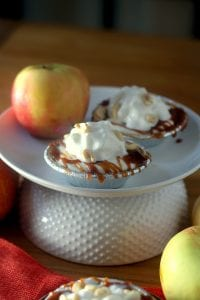 Skinny Caramel Apple Pie for One