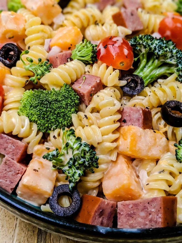 Creamy Pasta Salad with Burgers' Smokehouse Summer Sausage