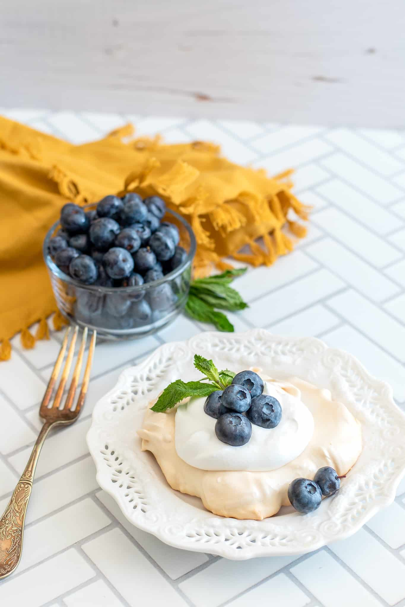 Mini Blueberry Pavlovas